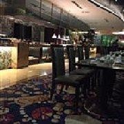半岛凯豪大酒店自助餐厅