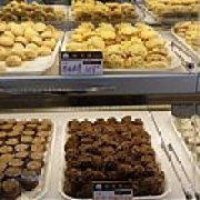 飘香岛西饼屋 汽车站店