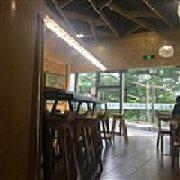 台北疯豆 松山湖店