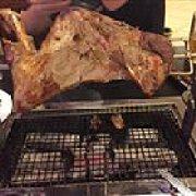 喜洋洋烤肉烤羊腿老北京火锅